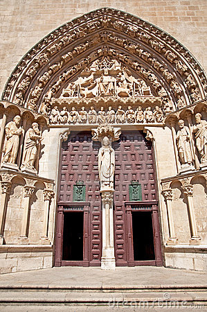 Door of the cathedral of Burgos