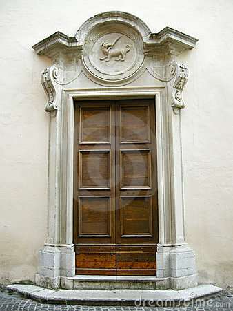 Free Door In Italy Royalty Free Stock Photos - 5691808