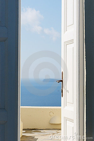 Free Door Open To The Sea Stock Photography - 11654752