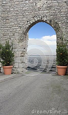 The door of the Sea
