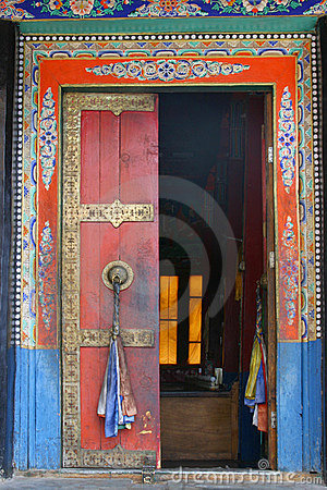 A door of Thiksey Monastery