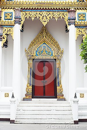 Door  woodcarving in thailand