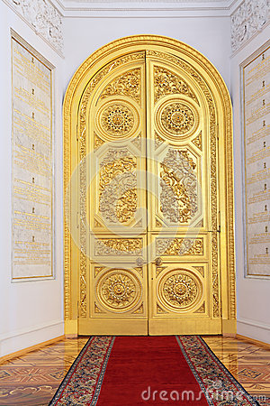 Doors in Georgievsky hall