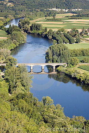 Free Dordogne River At Domme Village Royalty Free Stock Photography - 9366857