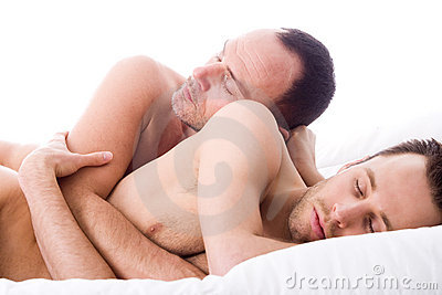 Dormindo 2 homens