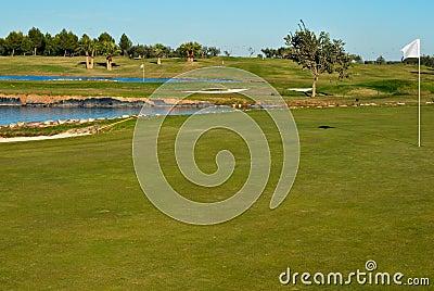 Dos agujeros del golf