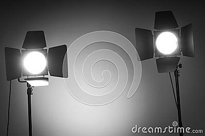 Dos luces de puerta de granero en estudio