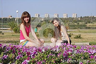 Dos muchachas hermosas