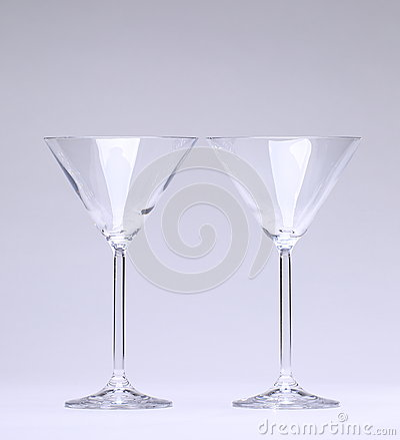 Dos vidrios de cóctel
