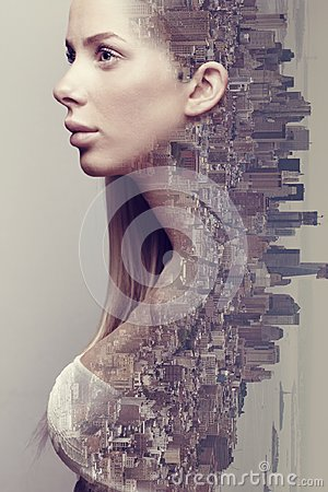 Free Double Exposure Portrait Of Beautiful Blonde Woman Merged With Urban City Royalty Free Stock Photos - 114799918
