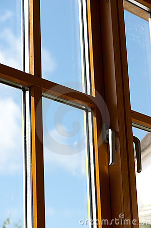 Free Double Window Royalty Free Stock Image - 14501766