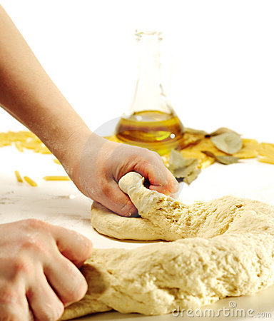 Free Dough Preparation Royalty Free Stock Images - 8572219