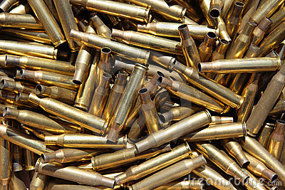 Douilles de munitions épuisées