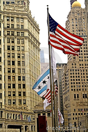Free Downtown Chicago Royalty Free Stock Photography - 2373527