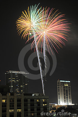 Free Downtown Orlando Fireworks Royalty Free Stock Images - 12768919