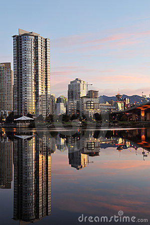 Downtown vancouver and cambie bridge
