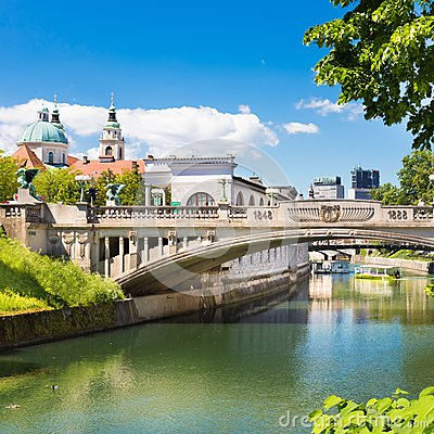 Free Dragon Bridge In Ljubljana, Slovenia, Europe. Stock Photography - 40883342