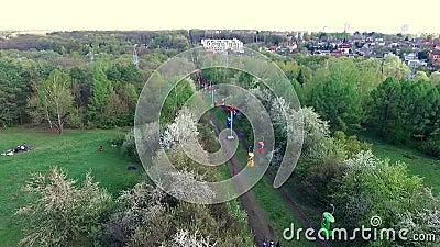 Drahtseilbahn in Gorky-Park von Charkiw stock video