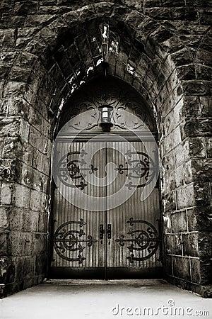 Free Dramatic Church Door Stock Images - 5580164