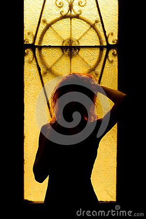 Free Dramatic Portrait Of A Charming Woman In The Dark. Dreamy Female Stock Images - 98390884