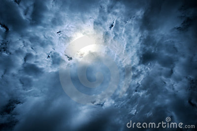 Drastische Himmel