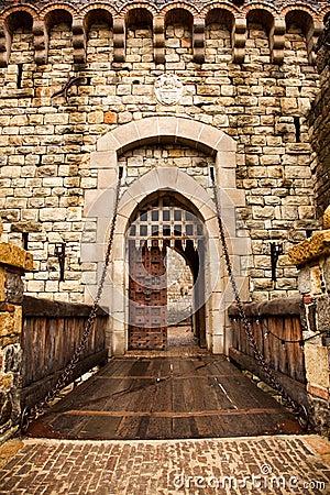 Free Drawbridge To Castle Door Stock Photo - 22811580