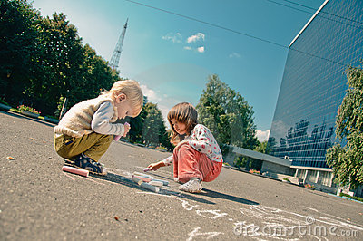 Drawing on the asphalt