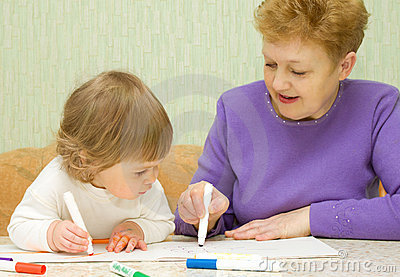 Drawing baby with her grandma