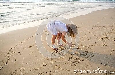 Draws on sand
