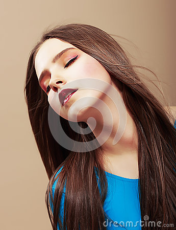 Dreaminess. Portrait of Sensual Dreaming Brunette with Straight Brown Hair