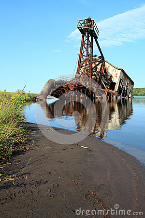 Dredger from the shore