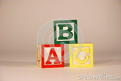 Drei Würfel ABC