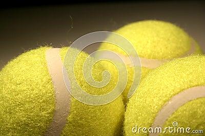 Drie tennis-ballen III