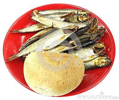 Dried fish and bread roll