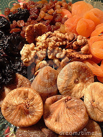 Free Dried Fruit And Walnuts Stock Photography - 481202