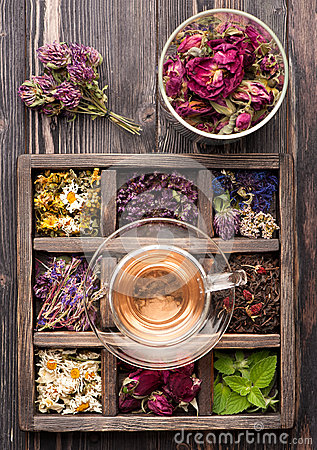 Free Dried Herbs And Flowers And Herbal Tea Royalty Free Stock Photo - 43837505