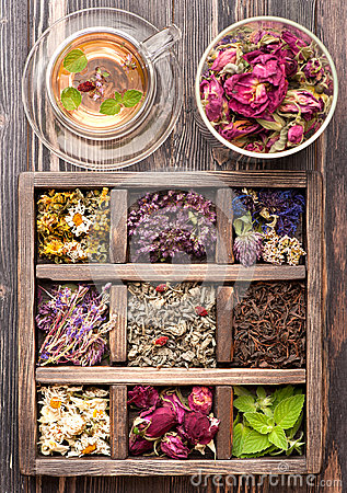 Free Dried Herbs And Flowers And Herbal Tea Royalty Free Stock Photography - 43837637