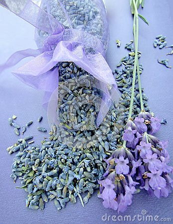 Free Dried Lavender In A Bag And Fresh Flowers Royalty Free Stock Photos - 121178598