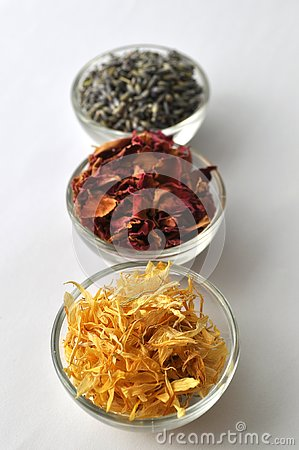 Free Dried Marigold Calendula Petals With Lavender And Rose Royalty Free Stock Photos - 80683518