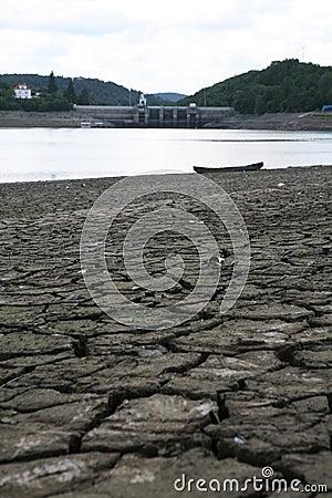 Dried water dam