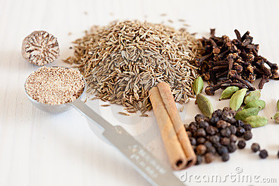Dried whole spices