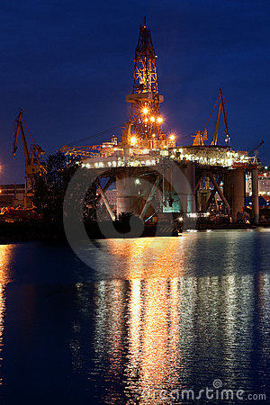Drilling platform in shipyard