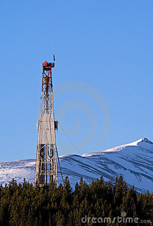Free Drilling Rig In The Mountains Royalty Free Stock Photos - 4378248