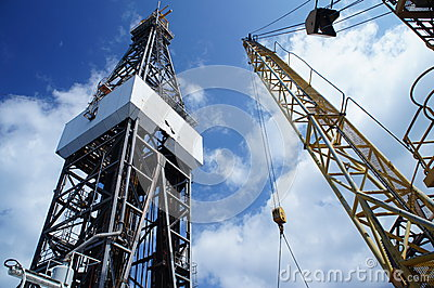 Drilling Rig (Jack Up Oil Rig ) and Crane Working