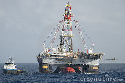 Drilling rig and supply vessel