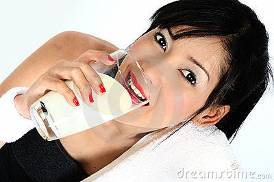 Drinking milk  after practicing sport