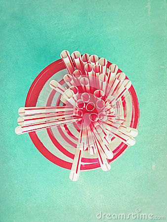 Free Drinking Straws In Retro Color Royalty Free Stock Photo - 97143025