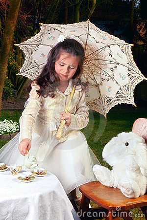 Free Drinking Tea As Alice In Wonderland Royalty Free Stock Photos - 22178678