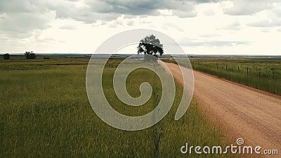 Droga gruntowa przez wschodnie równiny w Kolorado zbiory wideo