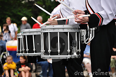 drummers playing snare drums in parade royalty free stock photo image 9964015. Black Bedroom Furniture Sets. Home Design Ideas